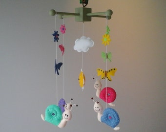 nursery mobile/baby mobile/felt fabric mobile/baby shower gift/hand made nursery mobile