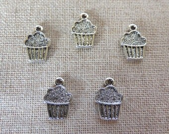 Cup Cake Charms x 5. Muffin Charms.  Fairy Cake Charms.  Cake Charms.  Baking Charms.  Tibetan Silver Tone. UK Seller.