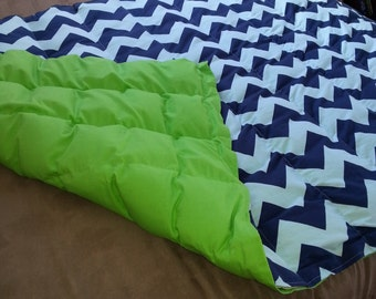"36"" x 48"" WEIGHTED BLANKET, with innovative removable tubes"