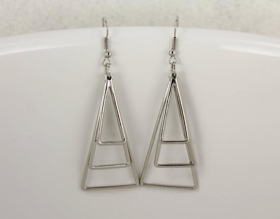 silver dangle earrings 3d triangle geometric teardrop 2. Black Bedroom Furniture Sets. Home Design Ideas