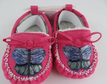 Infant/Toddler/Little Girls Pink Hand Painted Butterfly Slippers/Butterfly/Hand Painted Slippers/3-6 mnth Pink Slippers/Infant Moccasin