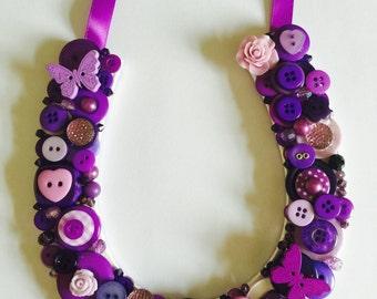 Purple button horseshoe