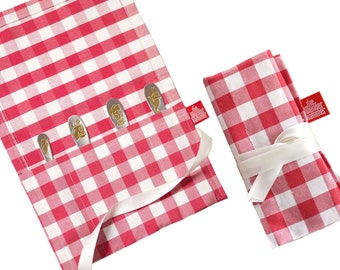 Cute gift wrapping, rollpocket. SMALL