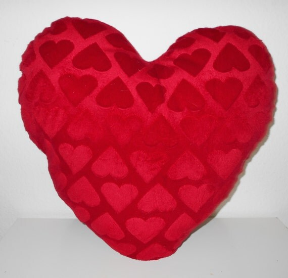 Red Heart Decorative Pillow : Decorative Pillow sweet heart shaped pillow by LoveFreeStyle