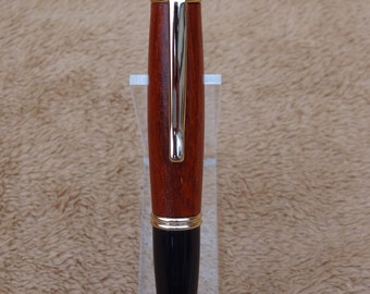 Hand made pen-Gatsby Grande Pen, 24kt Gold, Blood Wood