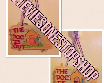 Doc McStuffins The Doc is in sign