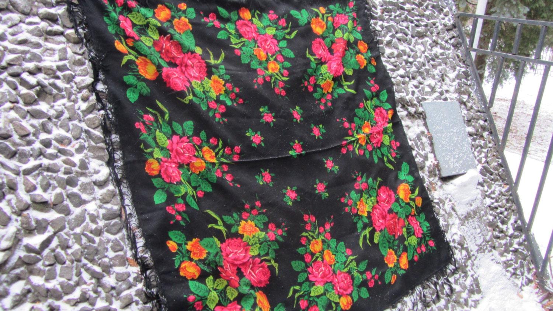 Huge Vintage Ukrainian shawl, Russian shawl, Wool shawl, Floral Shawl, Babushka
