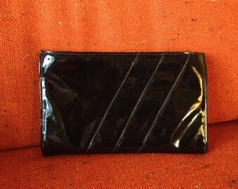 Vintage 1980s Black Clutch Purse Faux Patent Leather Shiny Black Party Handbag