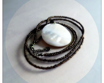 Necklace Whispers Of The Sea (natural shell with pearls)