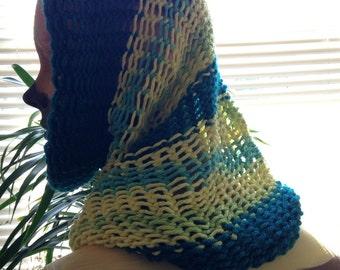 Knit circle scarf / hood
