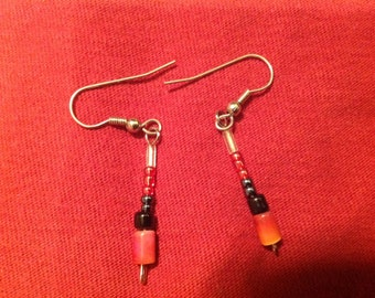Simple red and black beaded earrings