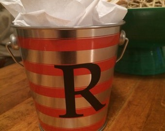 Personalized tin bucket