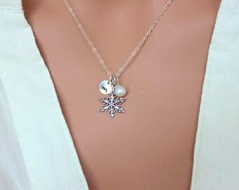 Snow Flake Neckalce, personalized SnowFlake Neckalce, Custom Initial Snowflake Neckalce, Personalized Jewelry, Christmas gift