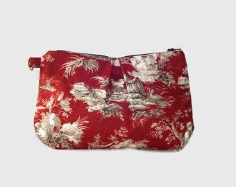 Red Toile Print Wristlet//Cosmetic Bag//Wristlet//Pleated Wristlet//Small Wristlet