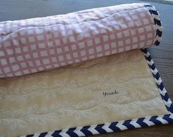 Organic baby quilt , Organic Bedding , Modern baby quilt , Nursery Decor , Baby blanket , Crib quilt , Handmade shower gift