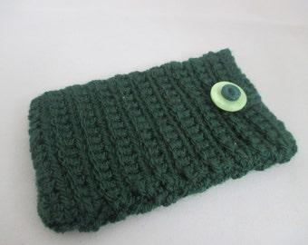 Green crochet gadget cover