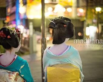 Kyoto Geisha & Maiko Standout Print
