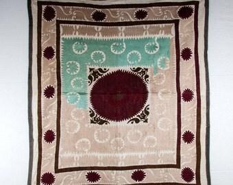 Vintage UZBEK Samarkand SUZANI,  4'2'' x 3'10'' _ 128 x 118 cm id: 0081