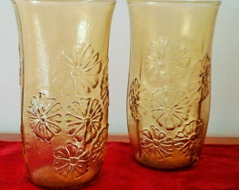 Set of 2 Vintage Yellow Floral Glass Drinking Glasses