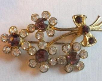 Vintage Rhinestone Brooch, Purple Brooch, Flower Brooch, Goldtone brooch, Vintage Brooch, Purple Crystal, Gift