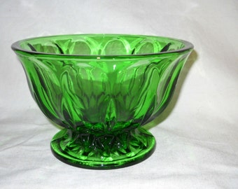 Vintage Emerald Green 6 inch Glass Bowl Thumbprint Pattern