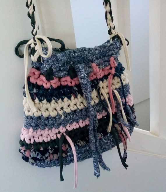 Crochet Boho Bag : Bohemian purse crocheted purse Boho bag hippie by LasLomasHome