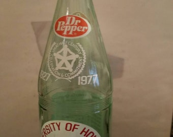 Dr Pepper U of H Quart Bottle 1976