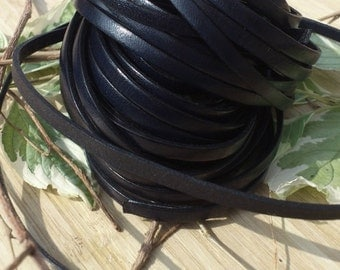 Leather flat black 5mm per 2 m