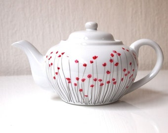 1 hand painted tea-pot made of real Limoges porcelain - poppy pattern