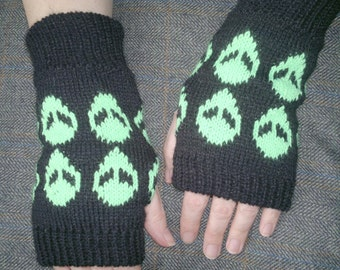 Knitted Alien Fingerless, Hand Warmers, Gloves Made With Acrylic Yarn.