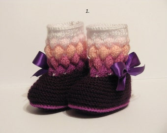 Knitted baby shoes,Booties for little baby girl, knitted booties