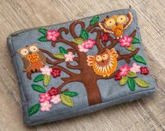 Felted Cosmetic Bag with Owls Felt Bag Felt Purse Owl Felted Case Felt sac hibou cosmétique bolsa de cosméticos felt borsa cosmetica feltro