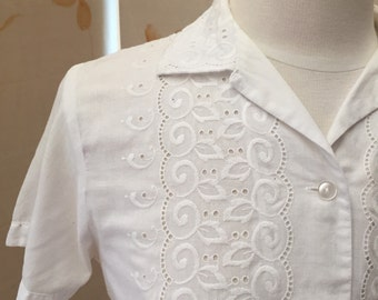 1960's broderie anglaise shirt