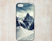 Snow mountains snowboard ski triangle hipster design iphone 4 5 5C 6 samsung galaxy s3 s4 s5