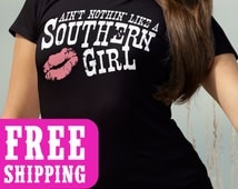 Southern Girl, Country Tank, Country TShirt, Country top, Country Music T-Shirt, Southern Girl, Whiskey, Country Concert, FREE SHIPPING
