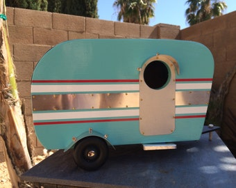 Custom Vintage Trailer Birdhouses or use for Decorations
