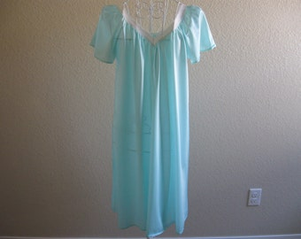 Monique Robins Egg Blue Lace And Nylon Nightgown 1960s