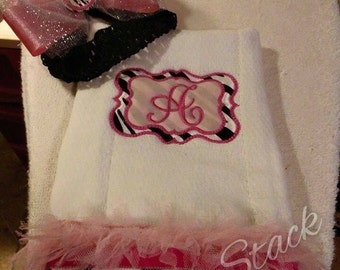 burp cloths w/ matching monogrammed bow with removable headband