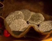 Bourse de monnaie du XIIIème siècle frappées avec les techniques de l'époque