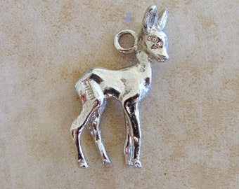 Baby Deer Fawn Animal Vintage Sterling Silver Bracelet Charm Rhodium Plated Shiny Bambi