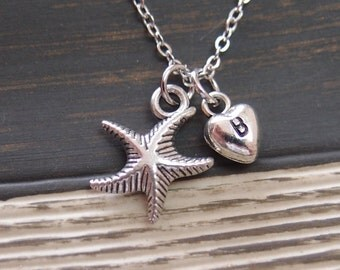 initial necklace, tiny starfish necklace, silver plated chain, nautical jewelry, sea necklace, gifts for bridesmaid, wedding on beach