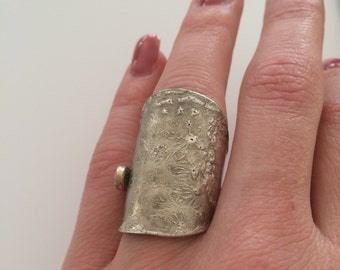 Interesting spoon ring made of silver with gold shimmer, ring size ca 18