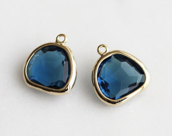 A2-024-G-MO] Montana / 11 x 12mm / Gold plated / Glass Pendant /  2 pieces