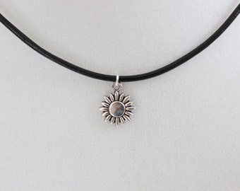 Daisy Choker, Flower Leather Cord Choker Necklace