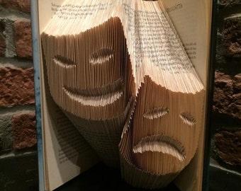 """Bookfolding pattern """"Drama & Comedy"""""""