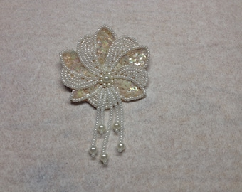 Vintage White Beaded and Sequin Floral Design Pin/Brooch