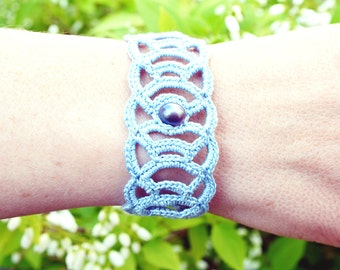 Crochet bracelet, lightblue with pearl, lace bracelet, blue bracelet,