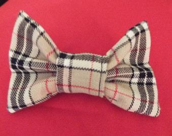 Beige, black, red and white tartan 4 inch alligator clip hair bow