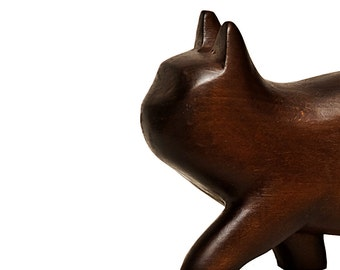Wood sculpture Kitten
