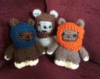 Star Wars Set of 3 Ewoks Amigurumi, hand crocheted - Wicket, Chief Chirpa and Tokkat